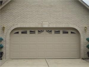 GarageDoors001
